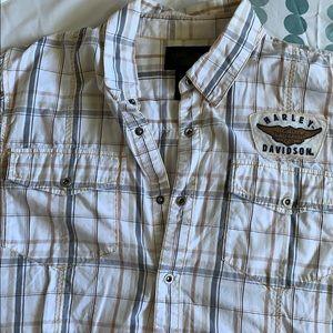 Harley-Davidson Shirts - Harley-Davidson casual shirt sleeve button up